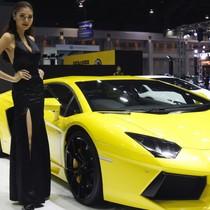 Ông Poroshenko: Không có người Ukraine, sẽ không thể sản xuất Lamborghini và Porsche