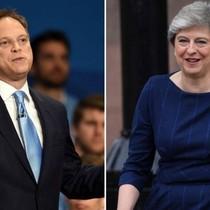 Thủ tướng Anh 'là người tử tế nhưng nên đi'