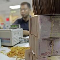 """Bloomberg: Nền kinh tế Việt Nam không còn là """"con cá bé"""" nữa"""