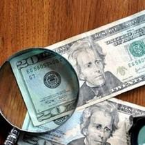 Tài chính tuần qua: Nên hay không tăng lãi suất huy động USD?