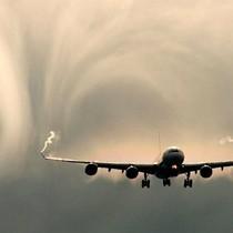 """Doanh nghiệp 24h: Rơi vào vùng """"không khí loãng"""", ACV và Vietjet Air có thể vượt qua?"""