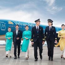 """Hé lộ mức lương """"khủng"""" của lãnh đạo Vietnam Airlines"""