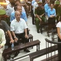 """Phiên toà sáng 31/8: Hà Văn Thắm khai """"chi lãi ngoài là giúp giữ chính sách tiền tệ, không phải phá hoại"""""""