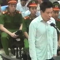 """Phiên toà chiều 24/9: Hà Văn Thắm nói lời sau cùng, """"xin mọi người đừng đau lòng vì tôi"""""""