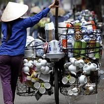 HSBC Alerts Vietnam to Economic Spoilers