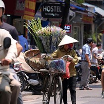HSBC Pencils Vietnam's 2017 GDP Growth at 6.4%