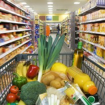 Fast Moving Consumer Goods in Vietnam Reach New Peak in Q1 on Tet Holiday