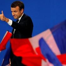 Đồng euro lên đỉnh hơn 5 tháng khi ứng cử viên ôn hòa thắng thế tại Pháp