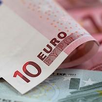 """Đồng euro suy yếu do triển vọng kinh tế châu Âu vẫn """"mịt mờ"""""""
