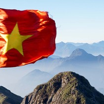 Moody's Changes Outlook on Vietnam's Ratings to Positive from Stable