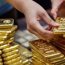 Dự báo kinh tế Mỹ tăng trưởng mạnh, giá vàng lùi về đáy 3 tuần