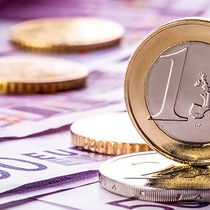 Giới đầu tư bớt lo ngại 'Frexit', đồng euro tăng giá
