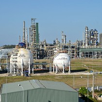 Vietnam's Sole Oil Refinery Gears up IPO Plan, Targeting Foreign Buyers