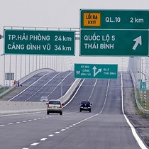 Vietnam Wants Hong Kong's Investment in Infrastructure as FDI Grows Fast