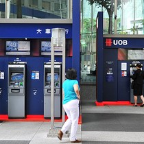 Singapore's UOB Gets Closer to Forming Wholly-owned Bank in Vietnam