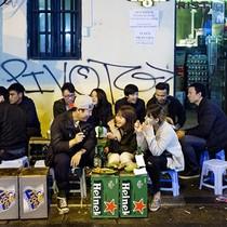 """Euromonitor: Việt Nam sẽ là """"chiến trường"""" tiếp theo của các hãng bia"""