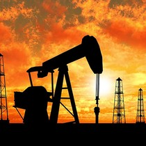 Giá dầu giảm về đáy 2 tuần do OPEC tăng khai thác