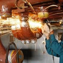Chỉ số PMI của Việt Nam tăng nhẹ lên 51,8 điểm trong tháng 8 nhờ đơn hàng mới tăng