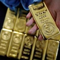 Giá vàng lên đỉnh 1 năm do đồng USD suy yếu