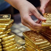 Chứng khoán hút tiền, giá vàng về đáy trong tháng 9