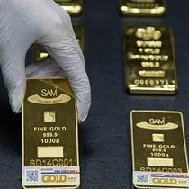 Giá vàng giảm sau khi Fed ra tín hiệu tiếp tục nâng lãi suất