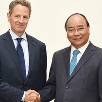 [Round-up] Vietnam PM Calls for WB's Continued Financial Support, U.S. Financial Investment