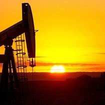 Giá dầu có quý tăng lần đầu tiên trong năm