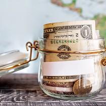 Đồng USD giảm giá khi giá dầu tăng mạnh