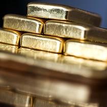 Giá vàng giảm về đáy gần 6 tháng trước thềm Fed quyết định về lãi suất