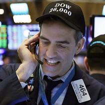 Chứng khoán Mỹ bật tăng, Dow Jones chinh phục mốc 26.000 điểm