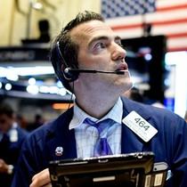 Thị trường chứng khoán Mỹ đỏ lửa, Dow Jones vẫn giữ mốc 25.000 điểm