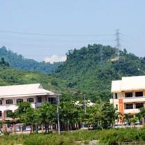 Chủ tịch Quảng Nam nói gì về trung tâm hành chính trăm tỷ giữa huyện nghèo?