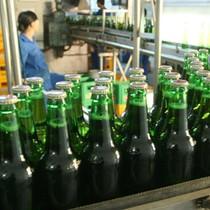 """Người Thái """"thèm"""" bia Việt"""
