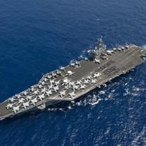 Sự hỗn loạn được lập trình trên boong tàu sân bay Mỹ