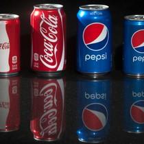 """Cuộc chiến """"không đường"""" của Coca và Pepsi"""
