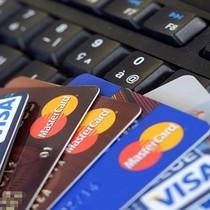 Nghịch lý khi sử dụng thẻ ATM