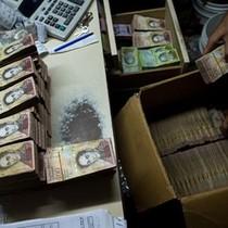 Venezuela sắp in tiền có mệnh giá đến 20.000 bolivar