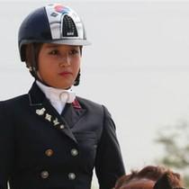 """""""Công chúa kỵ mã"""" - cô con gái hưởng nhiều đặc quyền của bạn thân tổng thống Hàn"""