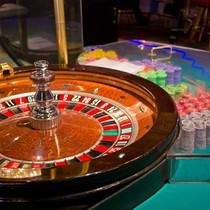 Thắt chặt quy định về máy đánh bạc cho người nước ngoài