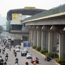 Gần 50 người phục vụ 1 km đường sắt Cát Linh - Hà Đông