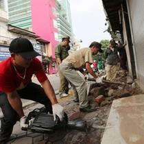 Đề xuất thu phí vỉa hè tại Hà Nội và TP. HCM: Để tránh lộn xộn, bảo kê ngầm!