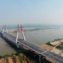 Không thể xây đô thị 2 bờ sông Hồng theo kinh nghiệm nước ngoài