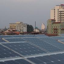 Điện mặt trời vẫn chờ... giá: Mở thị trường mua - bán