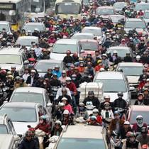 """<span class='bizdaily'>BizDAILY</span> : Điểm """"tắc"""" khó giải của giao thông Hà Nội"""
