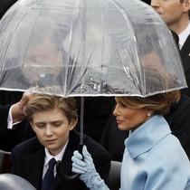 Hơn nửa triệu người Mỹ phản đối chi phí bảo vệ vợ con ông Trump