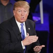 Tổng thống Trump: Bê bối của United Airlines thật khủng khiếp