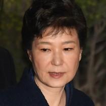 Cựu tổng thống Hàn Quốc bị truy tố tội nhận hối lộ