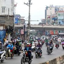 """Nút thắt cổ chai trên """"đường cong mềm mại"""" ở Hà Nội"""