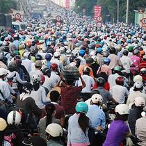 Nói cấm xe máy là xúc phạm đến... 80-90% dân số