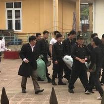 Người dân thôn Hoành thả 19 cán bộ, chiến sĩ